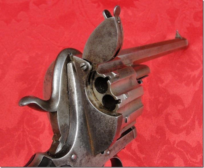 12 зарядный револьвер Лефоше