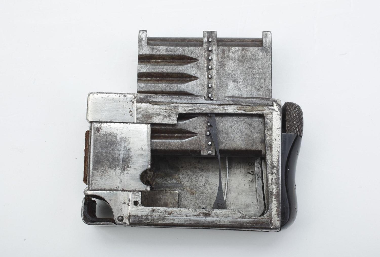 Пистолет - колода карт