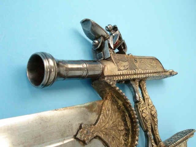 кинжал - пистолет