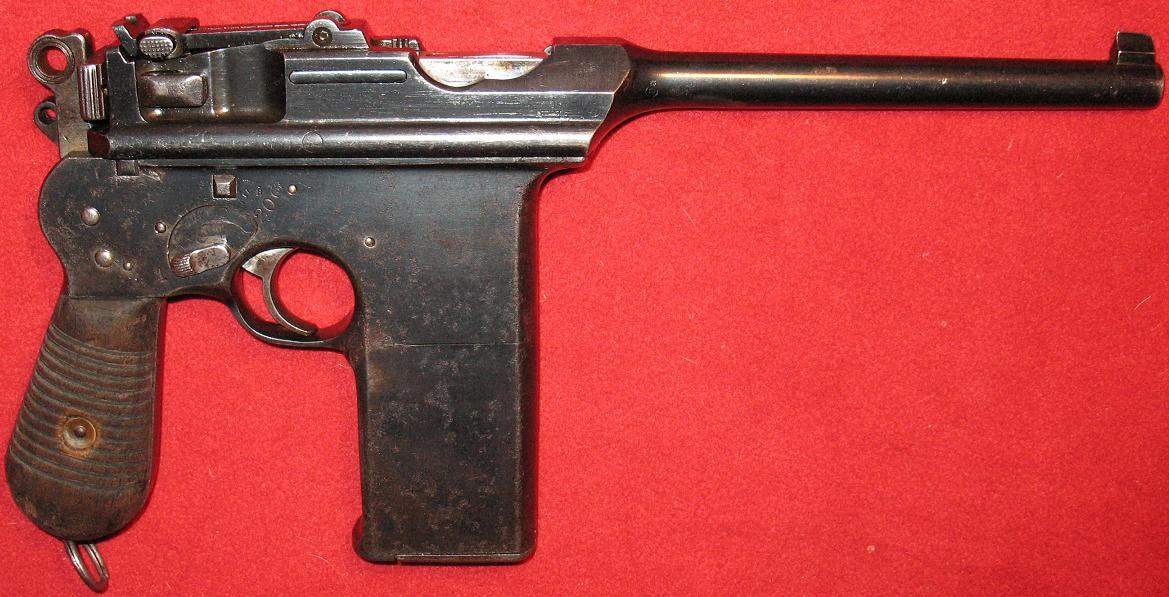 Pistol Astra 902