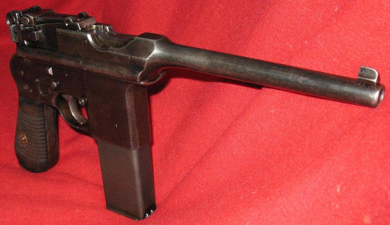 Pistol Astra 903