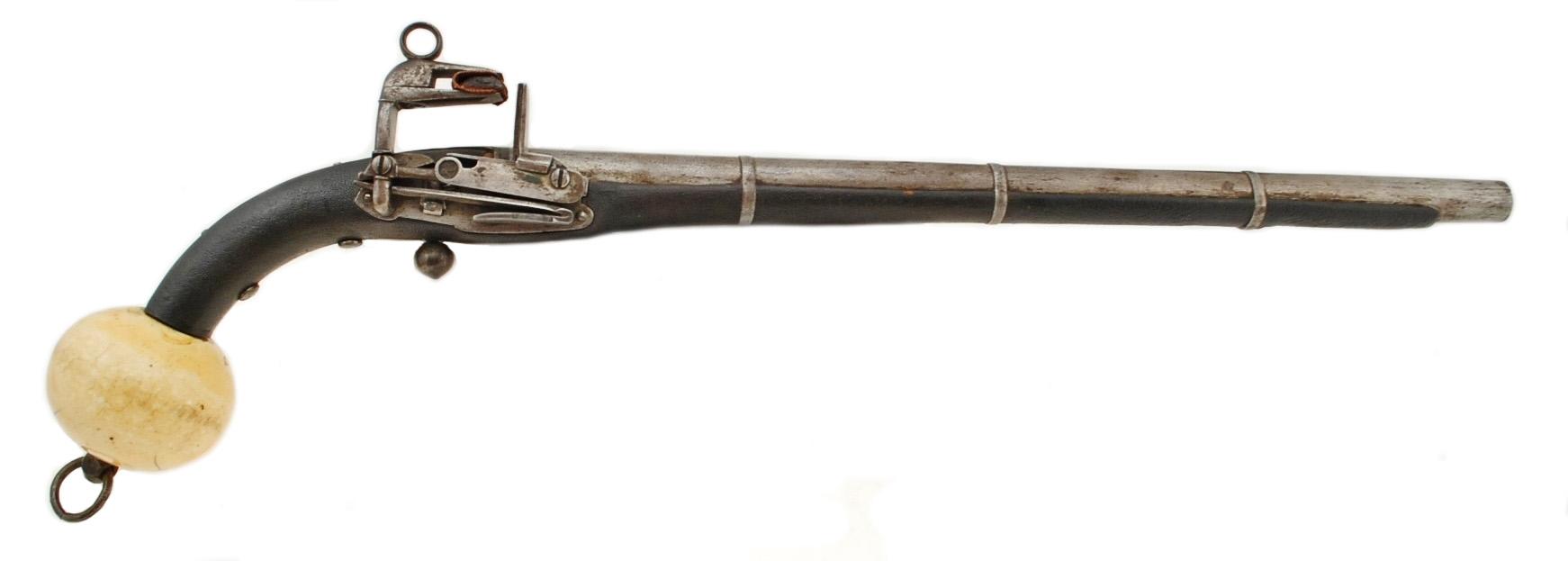 Кремневый пистолет с кавказским замком