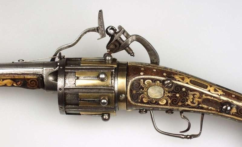 Старейший револьвер в мире