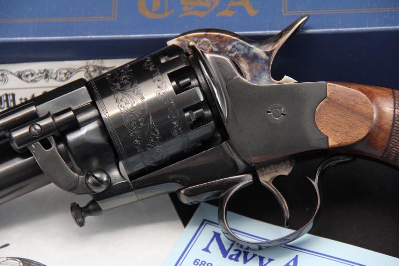 Реплика армейской модели револьвера Ле Ма производства компании Пиетта