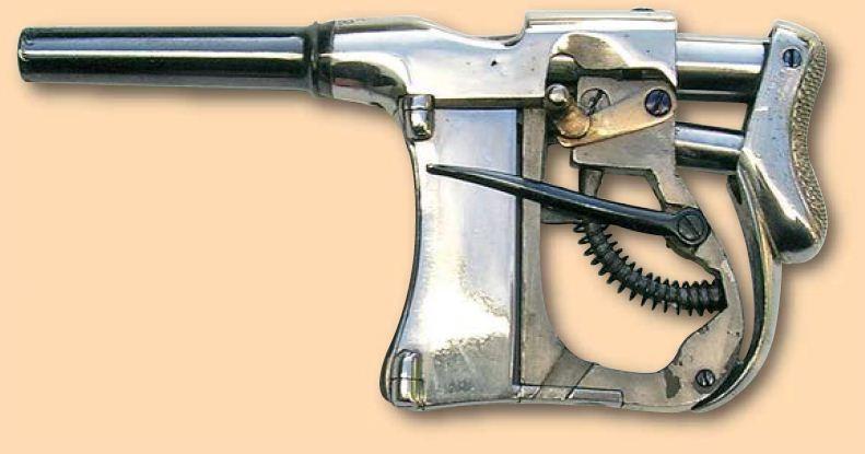Французский пистолет-эспандер Renovator