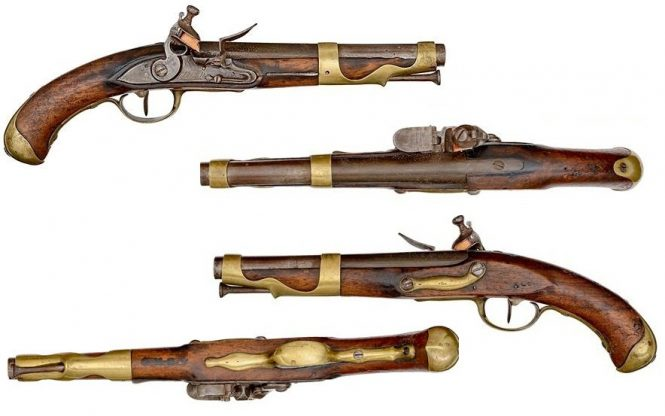 French flintlock pistol model of 1763/66 Manufacture de Charleville