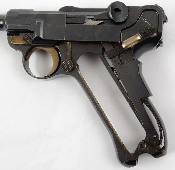 1900 Swiss Luger pistol