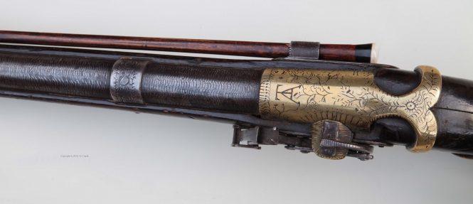 Фитильный пистолет 18 века с острова Цейлон (кликните по изображению, чтобы увидеть фото полного размера)