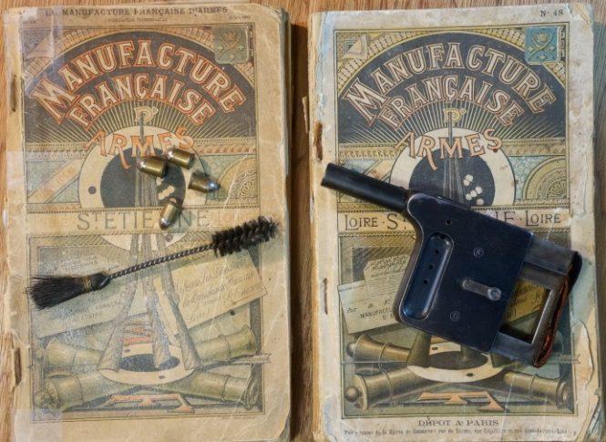 The catalogs of the Manufacture Francaise d'Armes de Saint-Etienne